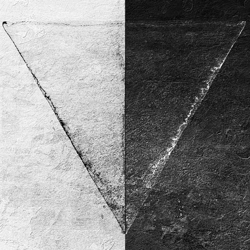 Minimal-BW-Triangle-Design-800px.jpg