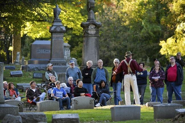 peoria cemetery.jpg