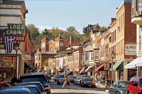 Galena, Illinois, a small town of approximately 3,500 people located along the Mississippi River. A lot of focus in recent years has been directed toward keeping the downtown a vital urban center. (Source: Kelsey Fox, 2015)