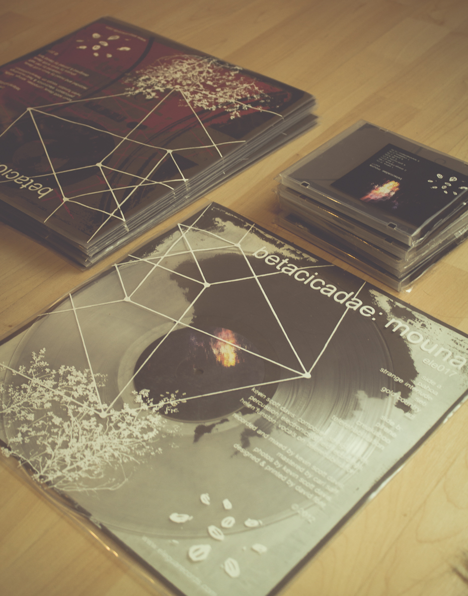 beta cicadae:  Mouna  Limited Edition Vinyl & CDs. © 2013