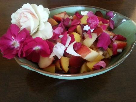 rosefamilysalad2.jpg