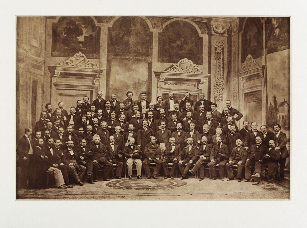 First orchestra photo of the Vienna Philharmonic Orchestra with conductor Otto Dessoff, 1864 First orchestra photo of the (c) Historisches Archiv Wiener Philharmoniker