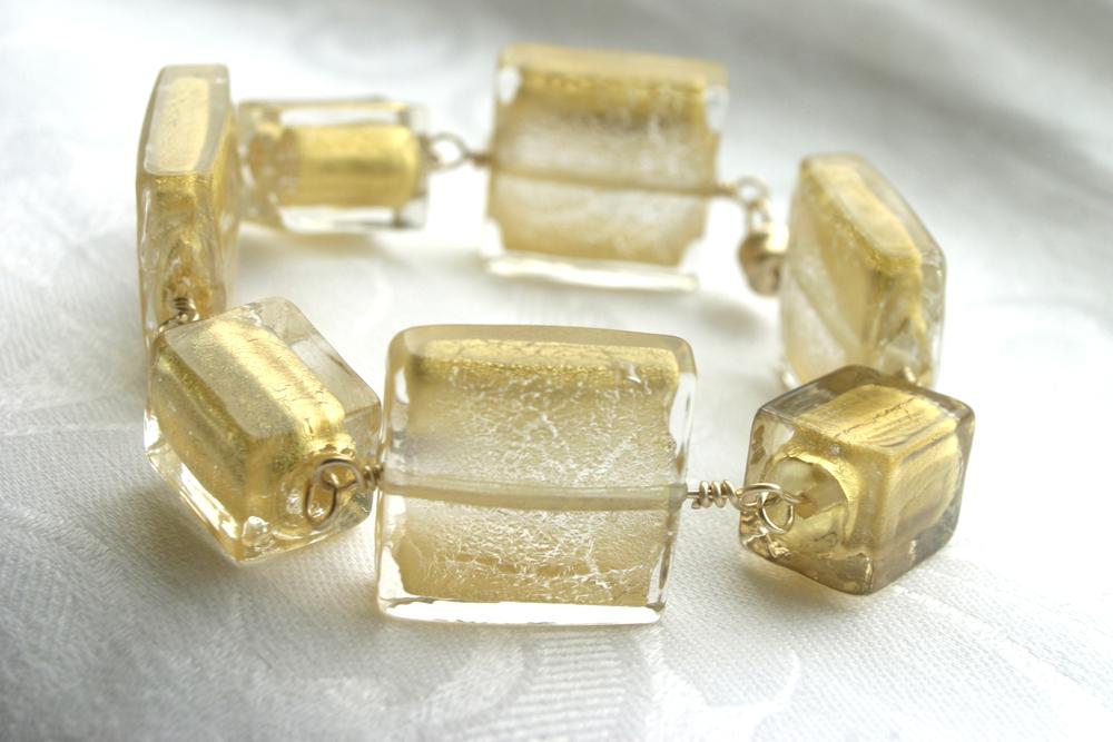 gold.bracelet.1.jpg