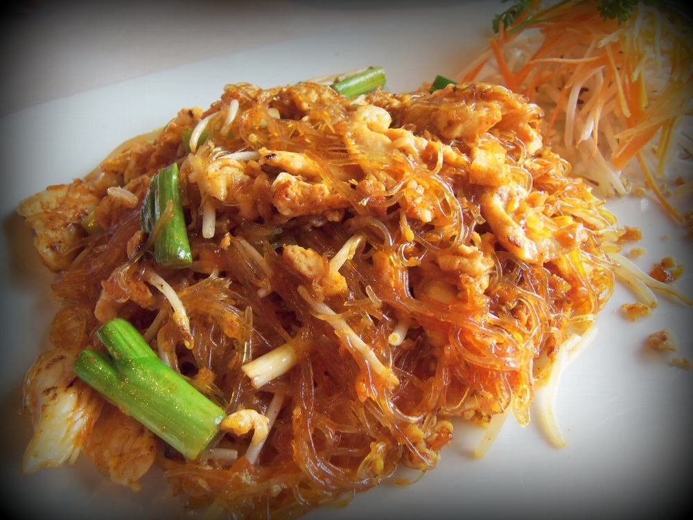 Glass noodles with chicken