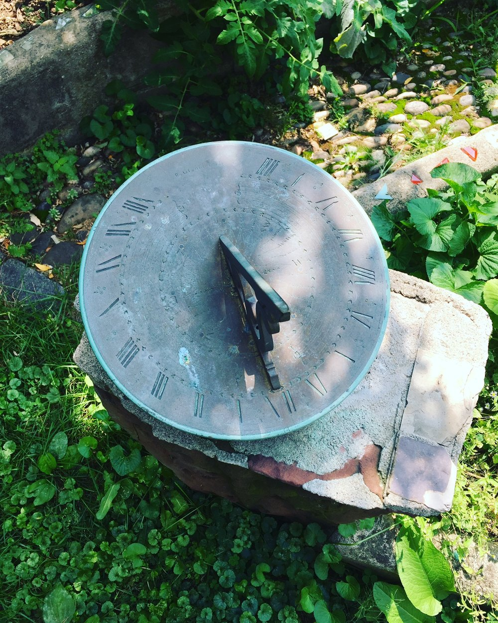sundial.JPG
