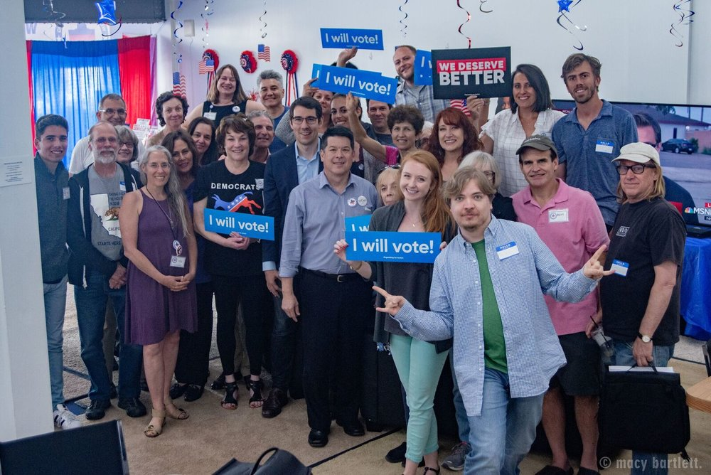 westside dem hq volunteers
