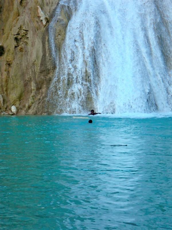 waterfallhaiti2.jpg