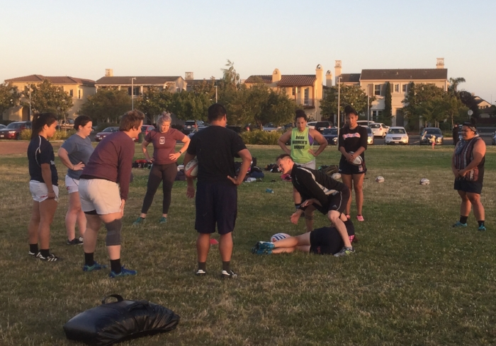 Theo talking to the forwards during a recent 7s practice in Bayport Park, Alameda.  Photo: Evan Hoese