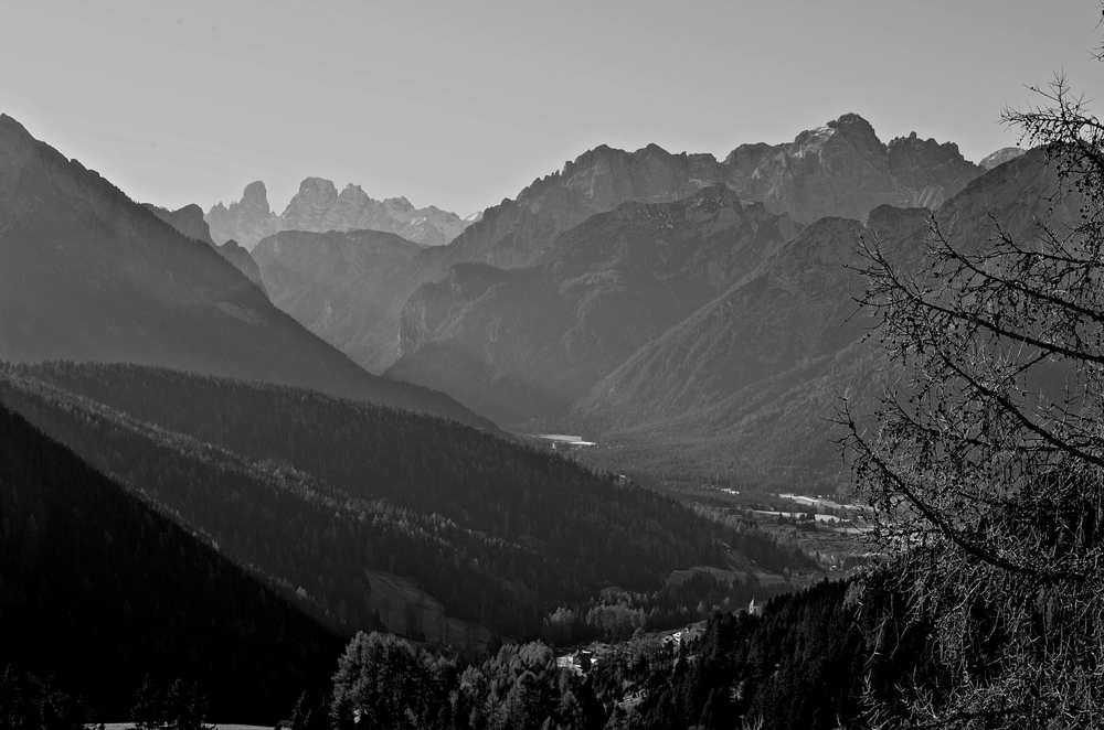 A black and white picture I took of some snowless mountains in Italy.