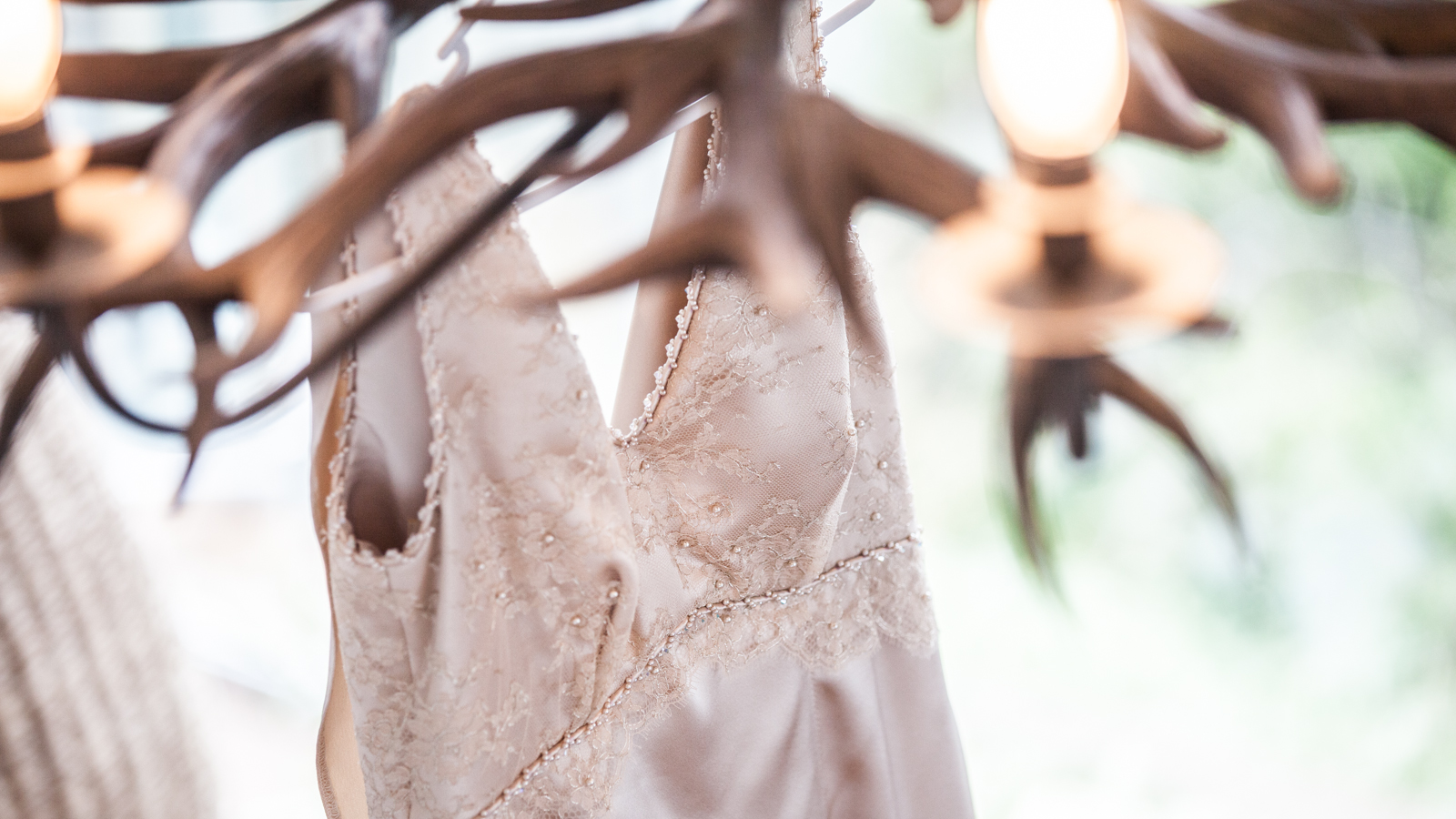 Wedding Dress Thredbo Resort Simon Pollock Wedding Photography