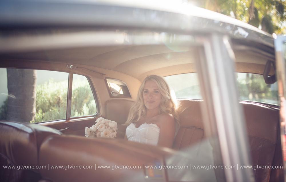 Simon_Pollock_Wedding_Photographer_Melbourne_Shaun_Kate_Sydney_Wedding_Car