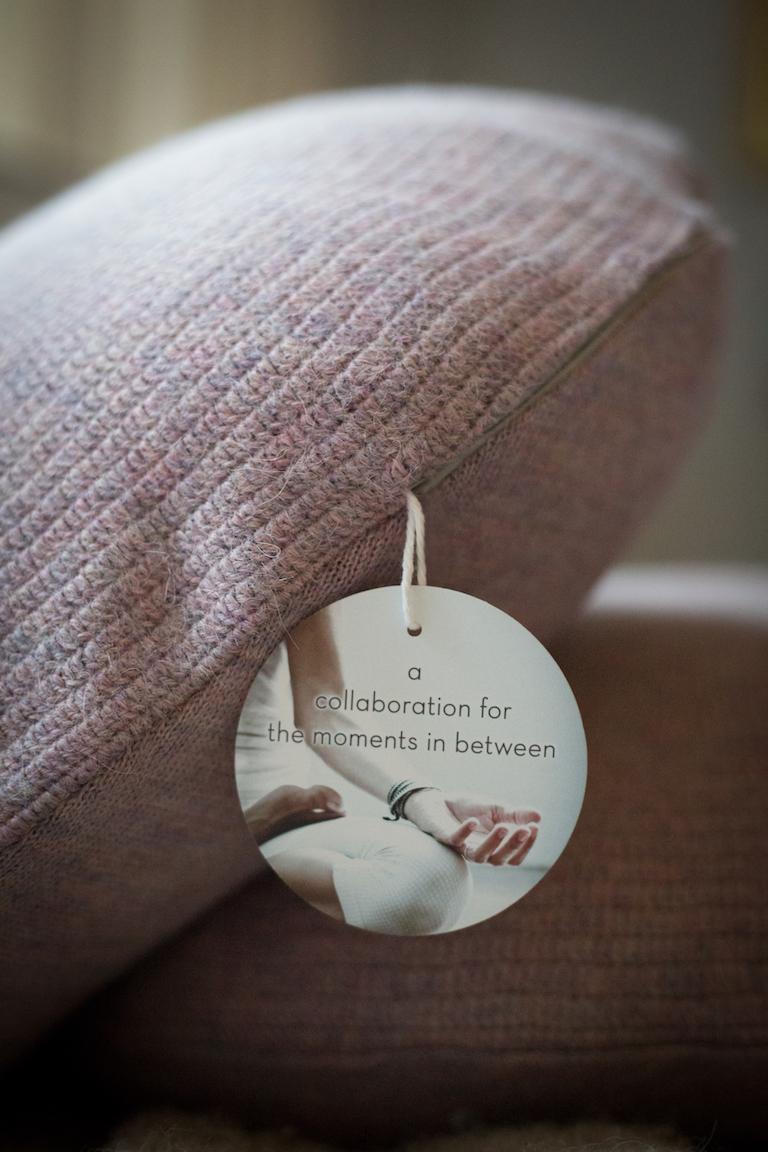 SEFTE LIVING by Taryn Toomey : Meditation Cushion