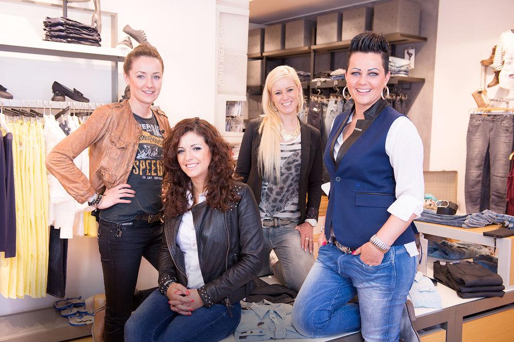 Suada Rujovic,Merita Berisha,Nicole Fischer, Nina Warth
