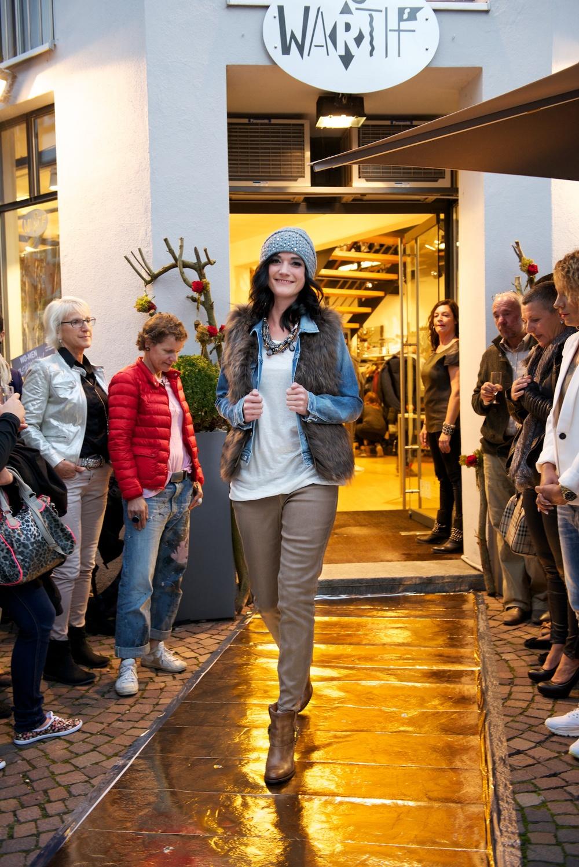 KW_140917_Fashionshow_web_020.jpg