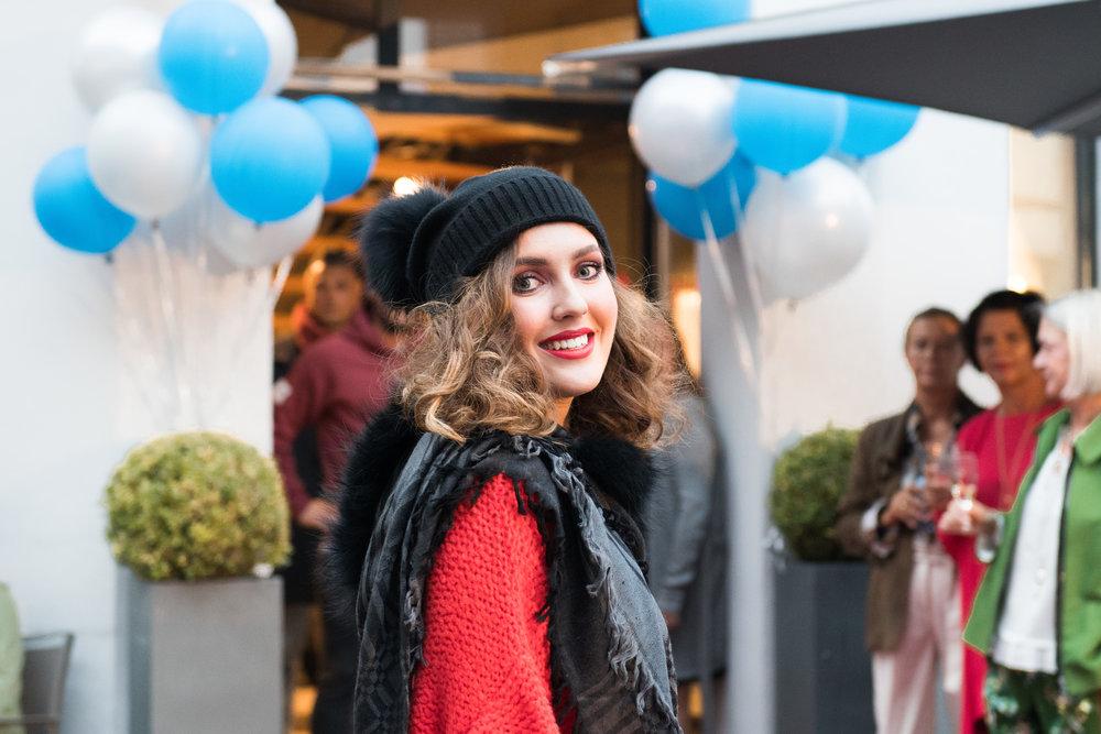 Fashionshowbackstage_9.jpg