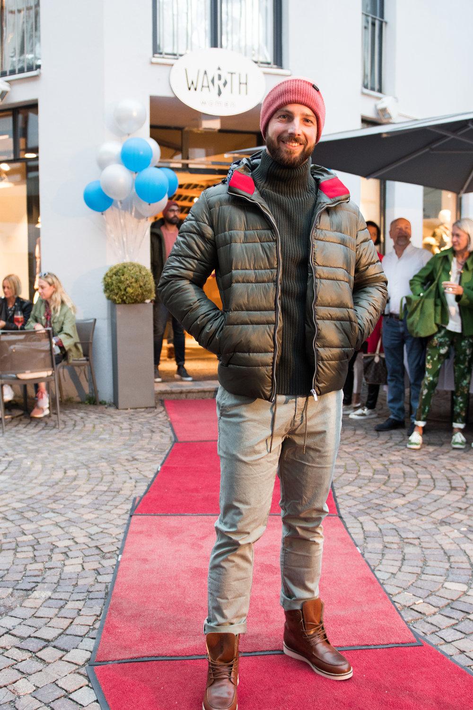 Fashionshowbackstage_47.jpg