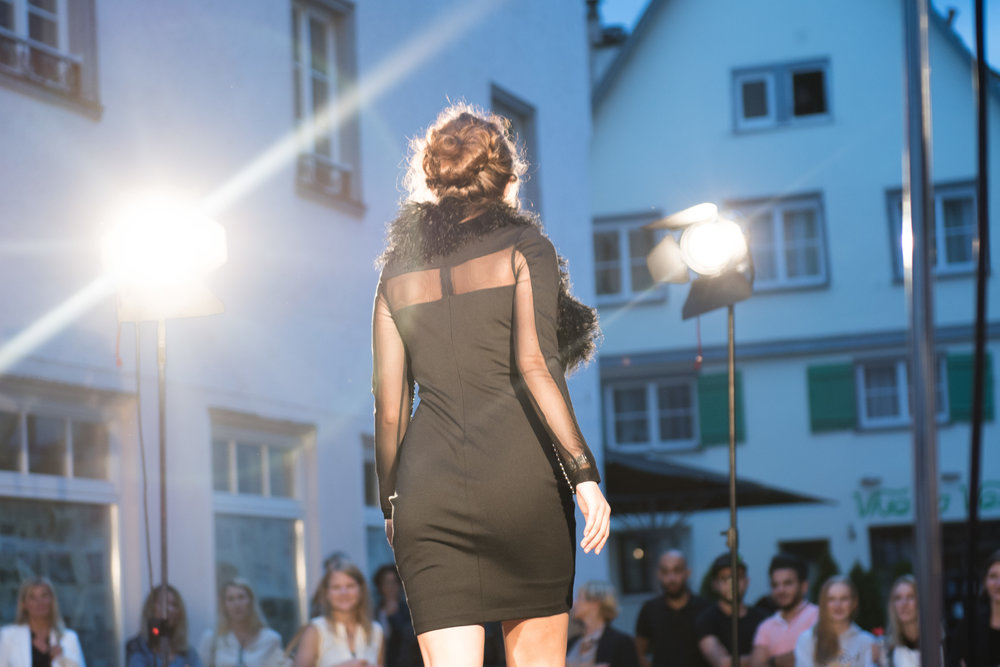 Fashionshowbackstage_87.jpg