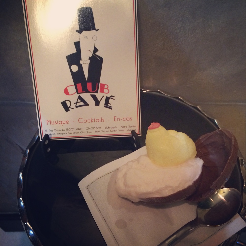 Club Rayé Barmen Marco says : Pourquoi pas ? Negroni Birds Nest, a chocolate egg,filled with Negroni Cream and a Marshmalow. Don't get coo-coo over it!