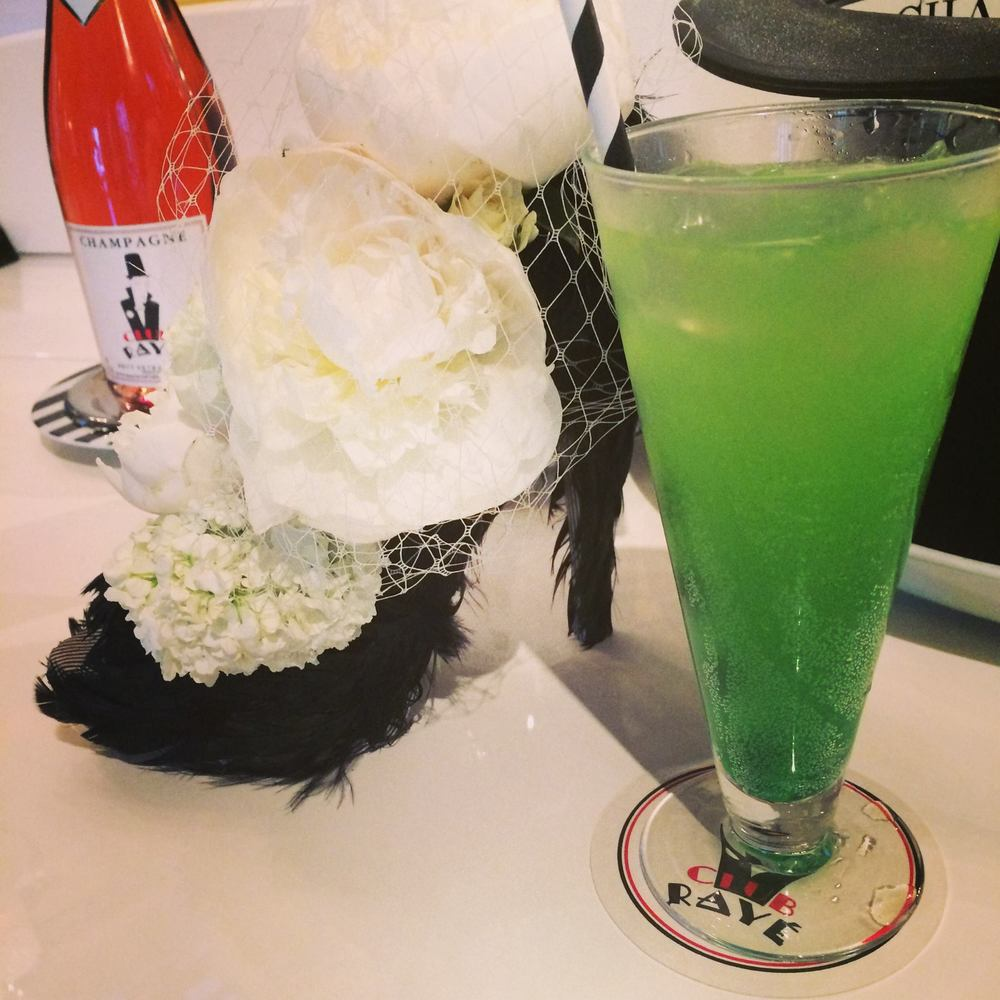 Barman Marco says : Pourquoi pas ? Green Lantern, a mix Midori and Lemon! Nice and cool for the sunny days!