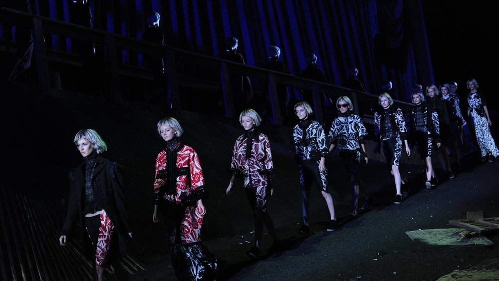 Walking the line at Marc Jacobs SS14