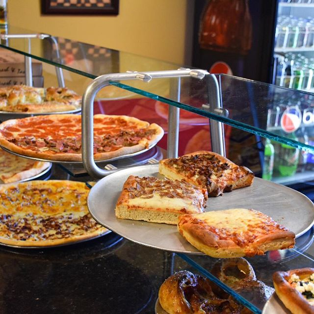 What's for lunch?  Checkout @brunospizzaobc off of #A1A in #OrmondbytheSea!  Offering #NewYorkStyle #Pizza #Wings and more! Present your #FlaglerBarsFoodieCard for %15 off your total bill! #Flagler #FlaglerBeach #PalmCoast #OrmondBeach #NewSmyrnaBeach #StAugustine #A1ABars #A1ABeachBars #FlaglerLife #FlaglerBars