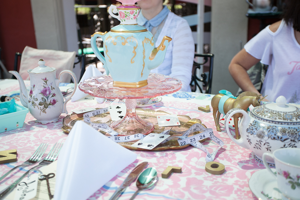 17-Mad-Tea-Party-Disneyland-2017-06-02.jpg