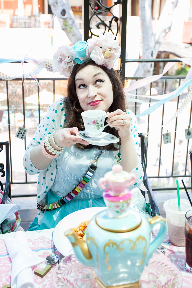 48-Mad-Tea-Party-Disneyland-2017-06-02.jpg