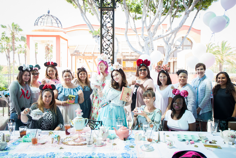 102-Mad-Tea-Party-Disneyland-2017-06-02.jpg