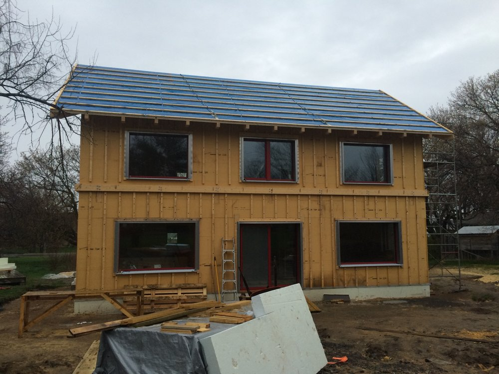 Wolfe Island Passive House, ON