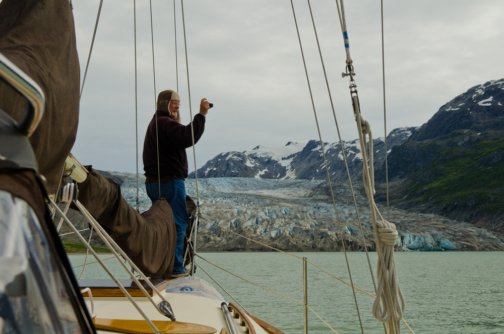 Bob Brown takes in the scenery of Glacier Bay aboard Wings of the Dawn.  Reed Inlet, Glacier Bay, Alaska.