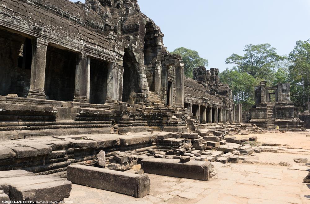 Bayon temple outside