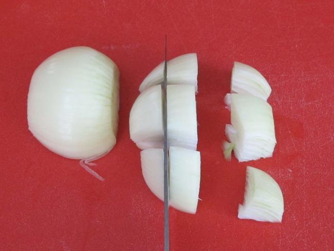 cutting onion for ratatouille
