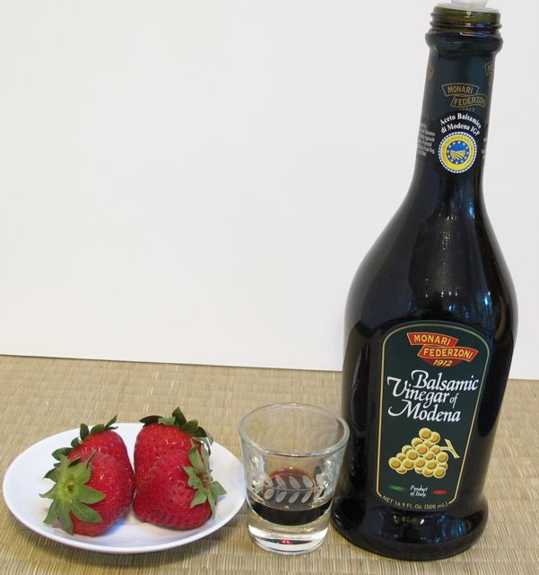 strawberries, balsamic, vinegar