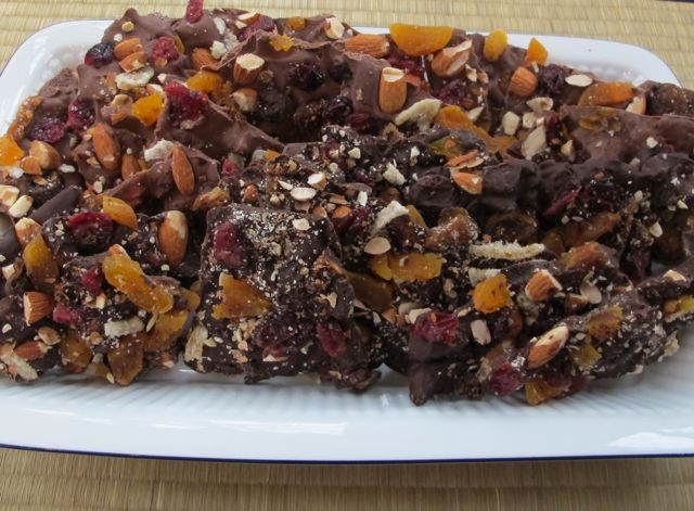 chocolate bark, home-made candy
