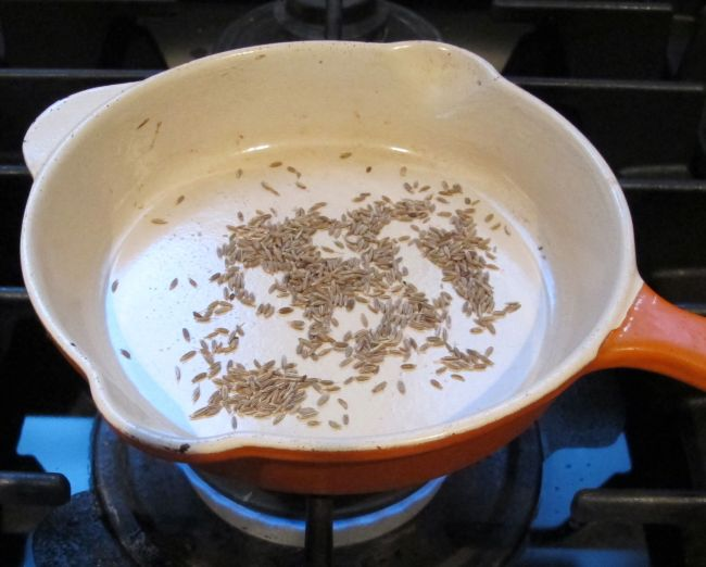 roasting cumin seeds