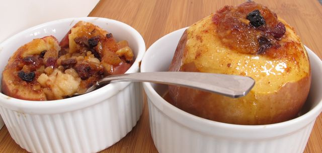 baked apple - done  cut open.jpg