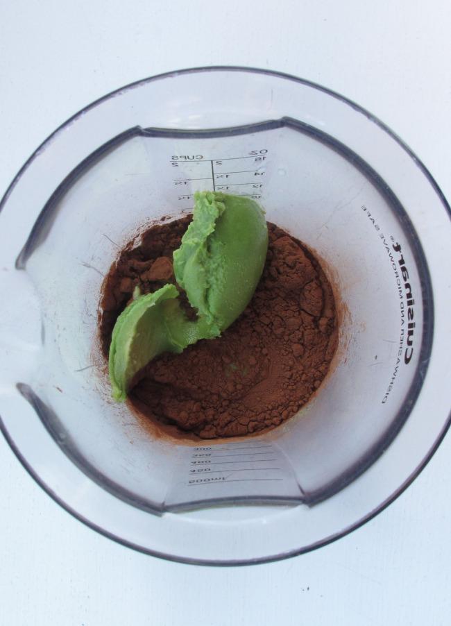 20140115chocolatepuddinginblender.jpg