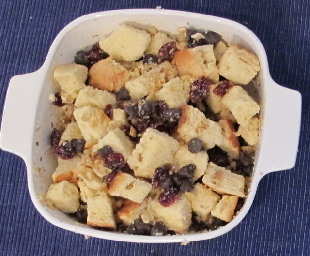 bread pudding - in casserole before liquid.jpg