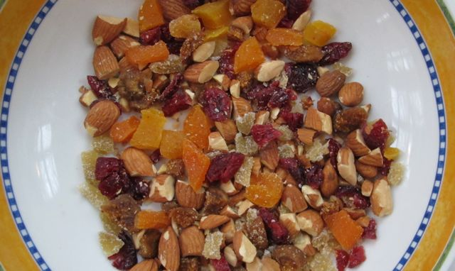 chocolate bark - chopped fruit  nuts mixed.jpg