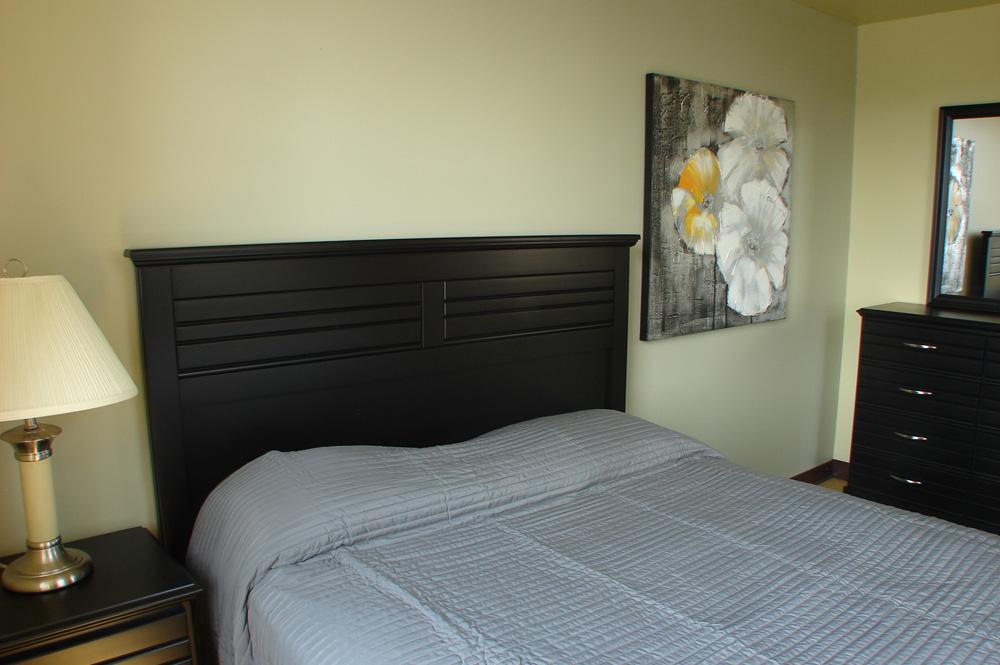 bedroommirror.JPG