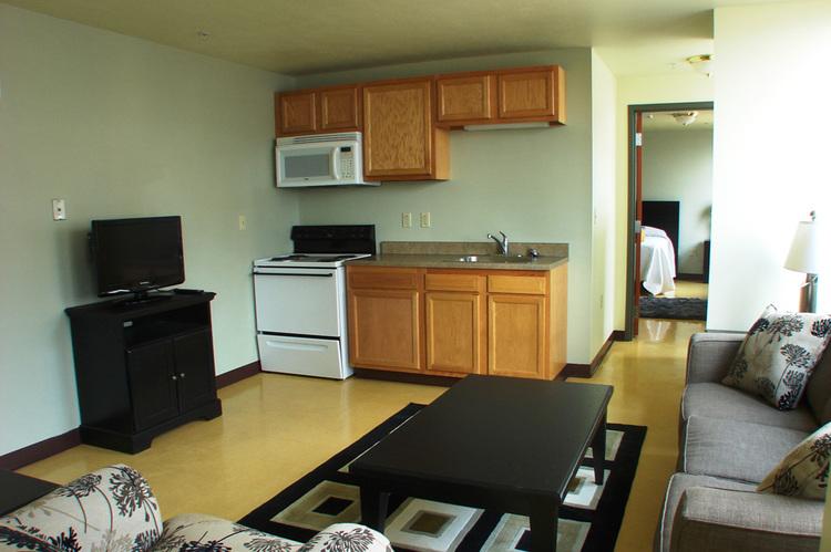 livingroomkitchenexecutive.jpg