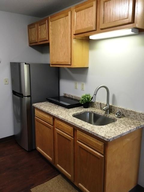9B1 Kitchen 2.jpg