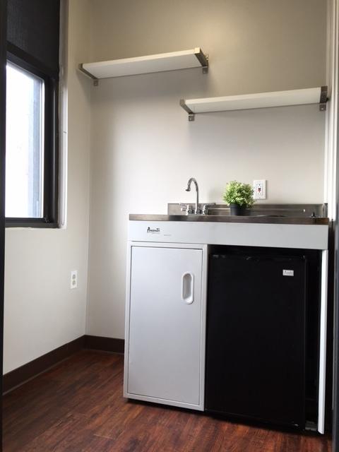Eff kitchenette 2 CL.jpg