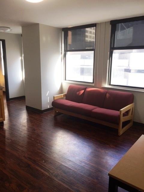 2 bed b layout living.jpg