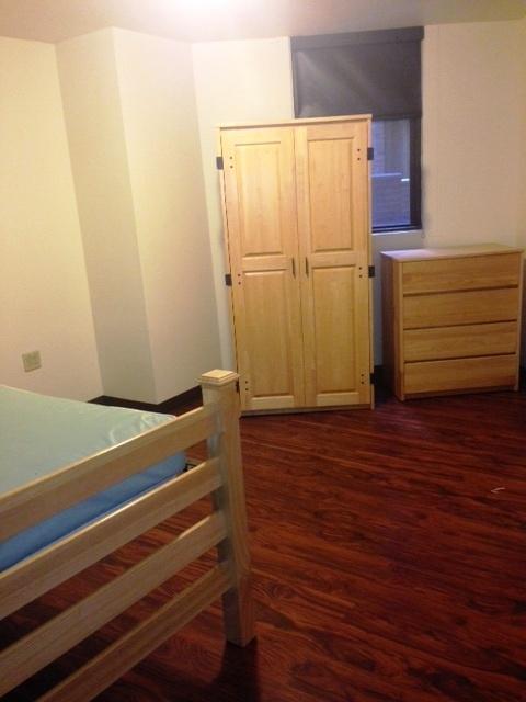 2C bedroom.jpg