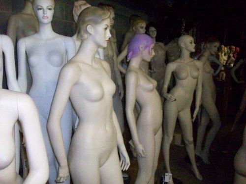 mannequins05.jpg