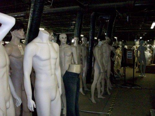 mannequins03.jpg