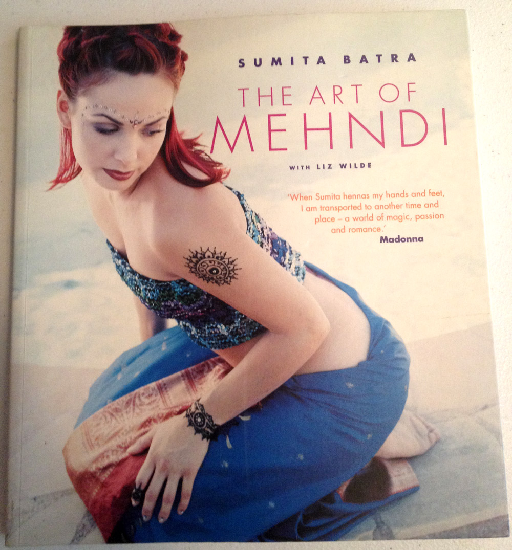 the-art-of-mehndi-book-cover-henna-tattoos-with-many-photos-inside.jpg