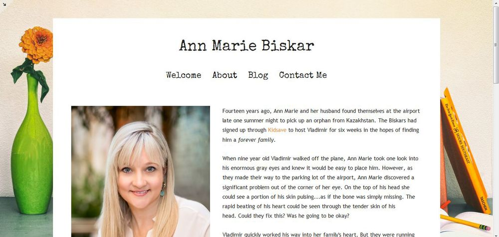 annmariebiskar-dot-com-about-page-screen-squarespace-montauk-template.jpg