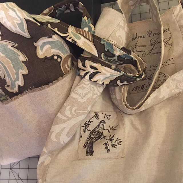 When you have a pile of fabric so large you start to feel guilty. Y'all. I. Cannot. Stop. Making. Bags. I mean, I have to stop. But this weekend I made 2. And now I want more. #diy #linenbags #imadethis #shoulderbags #handy #creativityeveryday